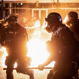 Episode 1177 - Portland Ends 2020 With Violence as Rioters Destroy Businesses and Throw Firebombs at Police
