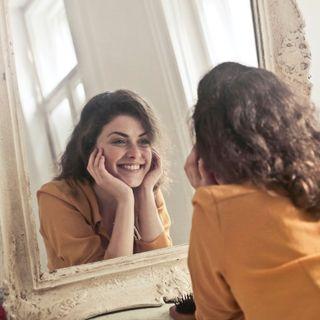 La chirurgia estetica migliora l'autostima? INTERVISTA al Dott.Juri Tassinari