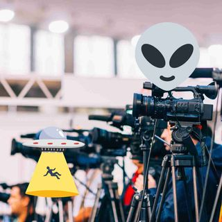 The Mainstream Media Is Finally Giving UFOs Some Attention! Should We Be Happy Or Suspicious?