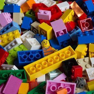 Conosciamoci meglio con il LEGO