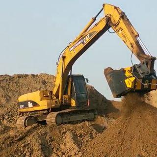 Ascolta la news: come gestire terre, rocce da scavo e sabbia con le attrezzature idrauliche mb cruscher: tre esempi concreti