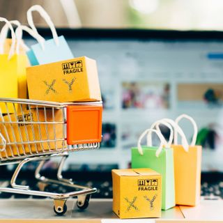 XY 101 - Ep 104 Shopping