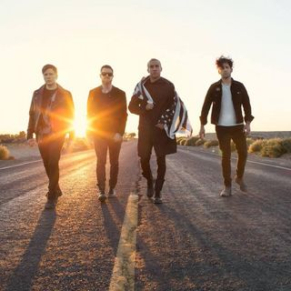 Fall Out Boy On Saturday Night Online