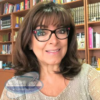 Alicia Rábago con recomendaciones para que maestros y padres apoyen la educación en línea.