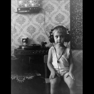 Farazi v Kayra - Çatımda Radyolar
