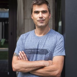 Chef Hugh Acheson: TV Personality, Restaurateur, Cookbook Author, Educator, Thinker