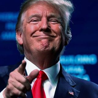 RUSSIA | S01 01 - Donald Trump: A Russian love affair