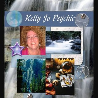 """Episode 22) 1st guest on the show: A talk with a clearvoyant """"Kelly Jo Monaghan"""""""