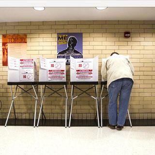 Voter interest ft/ D.C. politico