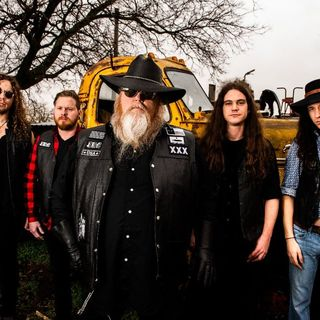 TEXAS HIPPIE COALITION Are Ridin' High