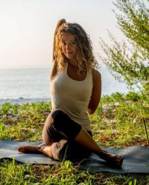 Sarah Bartlett - Yoga: A Mindful, Movement Practice with New Levels of Learning