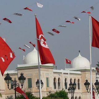 Tunisia, Parlamento sospeso per 30 giorni