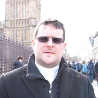 Londra al tempo del Coronavirus, La voce di padre Andrea Fulco