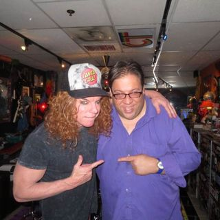 THE KING OF VEGAS (AND PROP!) COMEDY - CARROT TOP!