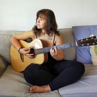 Frivolezze: intervista a Valentina De March