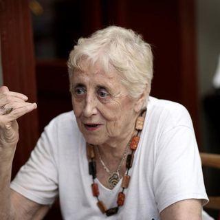 """Stella Calloni: """"Las mujeres deben dar el salto de calidad hacia un feminismo que se involucre más profundamente en la situación social"""""""