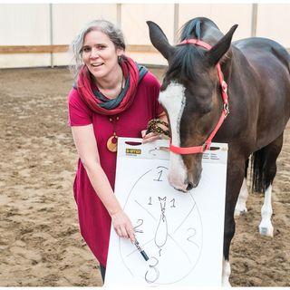 Odcinek 12 - rozmowa z Moniką Damec o pracy nad sobą w relacjach z końmi.