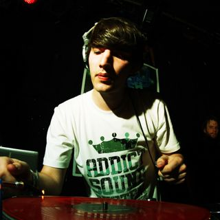 L'interview de Netsky depuis le studio Radio Contact à Tomorrowland