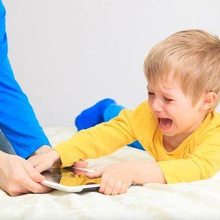 Quitarle el celular a mi hijo adolescente es un problema