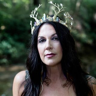 Renegade Mystic, Lisa C. Adams