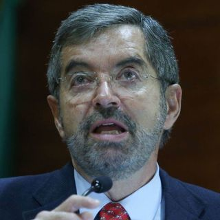Juan Ramón de la Fuente pide a ONU plan ante otras pandemias