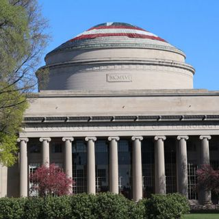 MIT Students Turn Great Dome Into Captain America's Shield