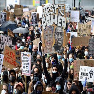 Miles protestan contra la brutalidad policial