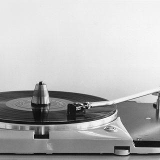 Sommar 60 år: Tage Danielsson i grammofonarkivet