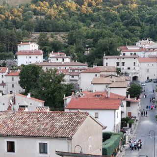 Dal Covid un'opportunità per i piccoli borghi d'Italia (di Paola Lo Mele)
