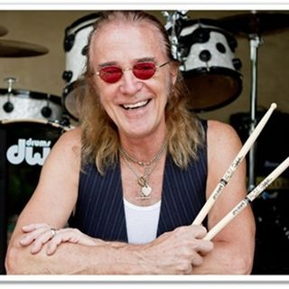"INTERVIEW WITH ROGER EARL OF ""FOGHAT"" ON DECADES WITH JOE E KRAMER"