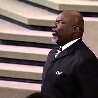 Bishop T.D Jakes - God Is With You In The Battle - Potter's Touch