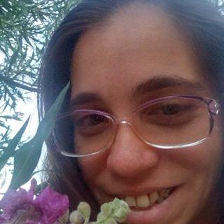Ep. 20. Algo Nuevo, Amor Propio. Dos Poemas Inspiracionales Dedicados A Todas Las Mujeres. Poemas De Amor Podcast.
