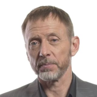 Insights of a Great Negotiator with Chris Voss, best-selling author and CEO of the Black Swan Group (MDE322)