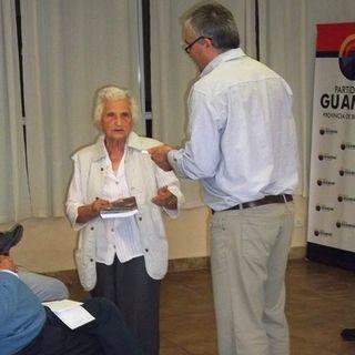 Porota Lienhard presenta una revista en Guaminí