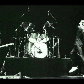 BEST OF CLASSIC ROCK LIVE playlist da classikera #1258 #RogerWaters #EricClapton #wearamask #stayhome #wonderwoman #f9 #xbox #LaRemesaMala