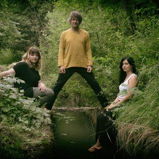 Sussurri...di Livia Taruffi con Livia Taruffi, Cecilia Lasagno, Rémy Boniface