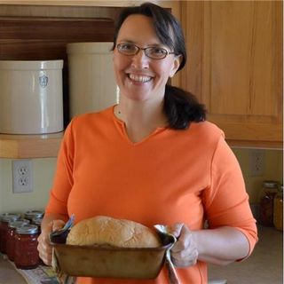 Laurie Neverman Talks about Bread!