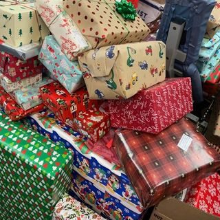 Christmas In The City Seeking Toys, Donations For Children In Need
