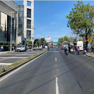 Bloqueos afectan la avenida Constituyentes