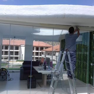 Despacho de envidia en azotea con cortina de cristal ubicado en Tenerife