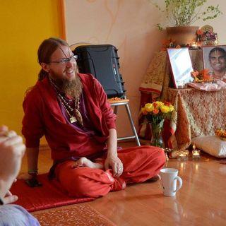 Tulsidasananda Shares Stories of His Guru