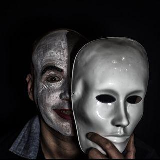 #na Maschera o realtà...