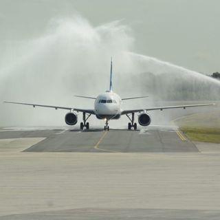 Reabren los aeropuertos para permitir la entrada de turistas a RD (2/2)