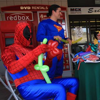 Superman VS Spiderman - 7:13:19, 6.22 PM
