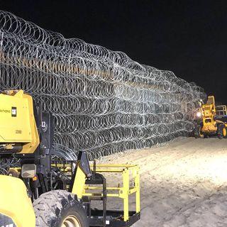 Corte permite a Trump seguir construcción del muro
