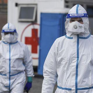 I contagi da Covid calano in Europa, ma è allarme in Asia e Africa