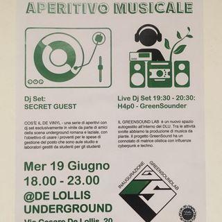 Live At Aperitivo VinilLab 19 Giugno Morning Cigarettes show(TINYMASTERMAIND)
