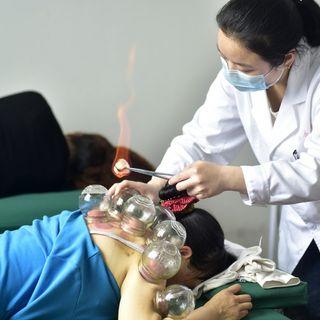 Waarom gaan verkouden Chinezen aan de baxter? - China Sessie 4
