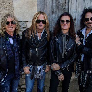 "Standing On ""Holy Ground"" With THE DEAD DAISIES"