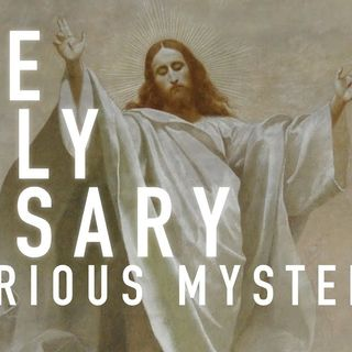 Rosary in Latin (Glorious Mysteries w/English Meditations). Wednesday, Saturday and Sunday